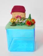 春のお庭貯金箱